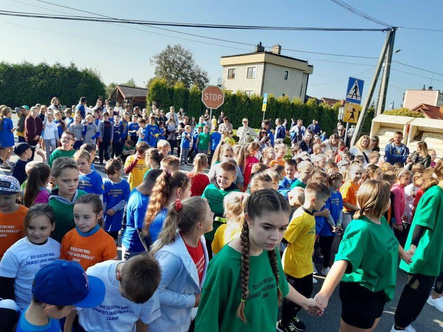 XVI Międzyszkolny Uliczny Bieg Pamięci Jana Pawła II
